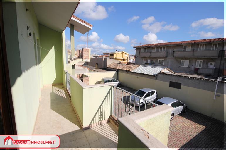 Trivano semindipendente con terrazza a livello - Cagliari ...