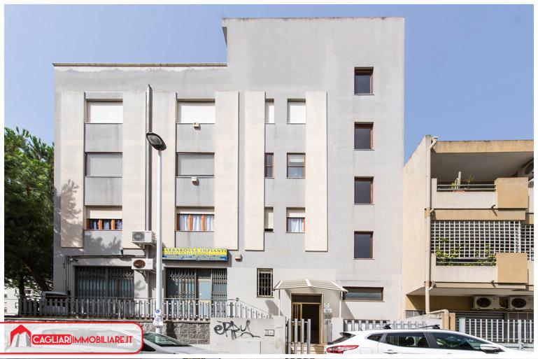 Casa Uso Ufficio : Bilocali uso ufficio quartu sant elena cagliari