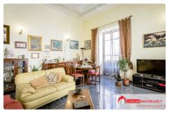 Cagliari – Via Grazia Deledda – Quadrivano con Terrazza a Livello